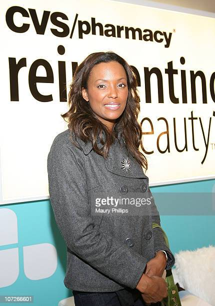 Actress Aisha Tyler with CVS at the Access Hollywood Stuff You Must Lounge Presented by On 3 Productions at Sofitel Hotel on January 11 2008 in...