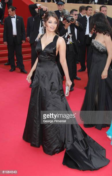 """Actress Aishwarya Rai arrives at the """"Blindness"""" premiere during the 61st Cannes International Film Festival on May 14, 2008 in Cannes, France."""