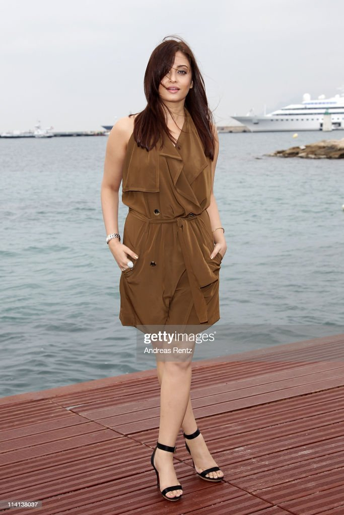 Actress Aishwarya Rai attends a photocall at the Majestic Beach Pier during the 64th Cannes Film Festival on May 13 2011 in Cannes France