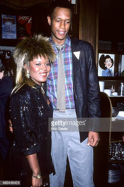 Alaina Reed Photos et images de collection | Getty Images Alaina Reed Hall 227