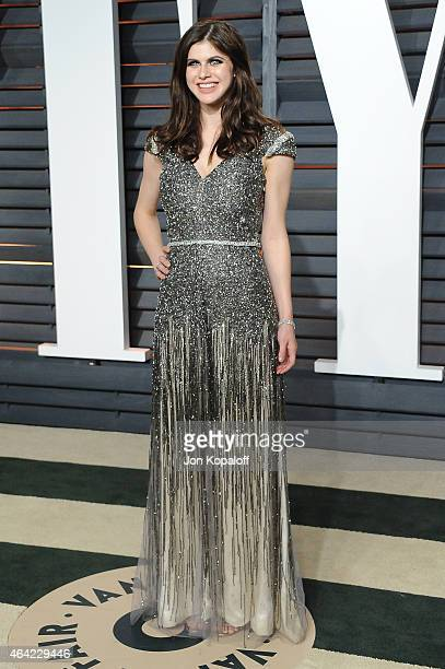 Actress Alexandra Daddario attends the 2015 Vanity Fair Oscar Party hosted by Graydon Carter at Wallis Annenberg Center for the Performing Arts on...