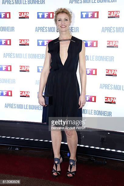 Actress Alexandra Lamy dressed in Lanvin attends the 'Apres Moi Le Bonheur' Paris Photocall at Cinema Gaumont Marignan on February 24 2016 in Paris...