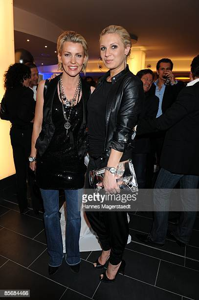 Actress Alexandra Rietz and Magdalena Brzeska attend the Jukari 'fit to fly' studio opening at the Body and Soul Center on March 28 2009 in Brunnthal...