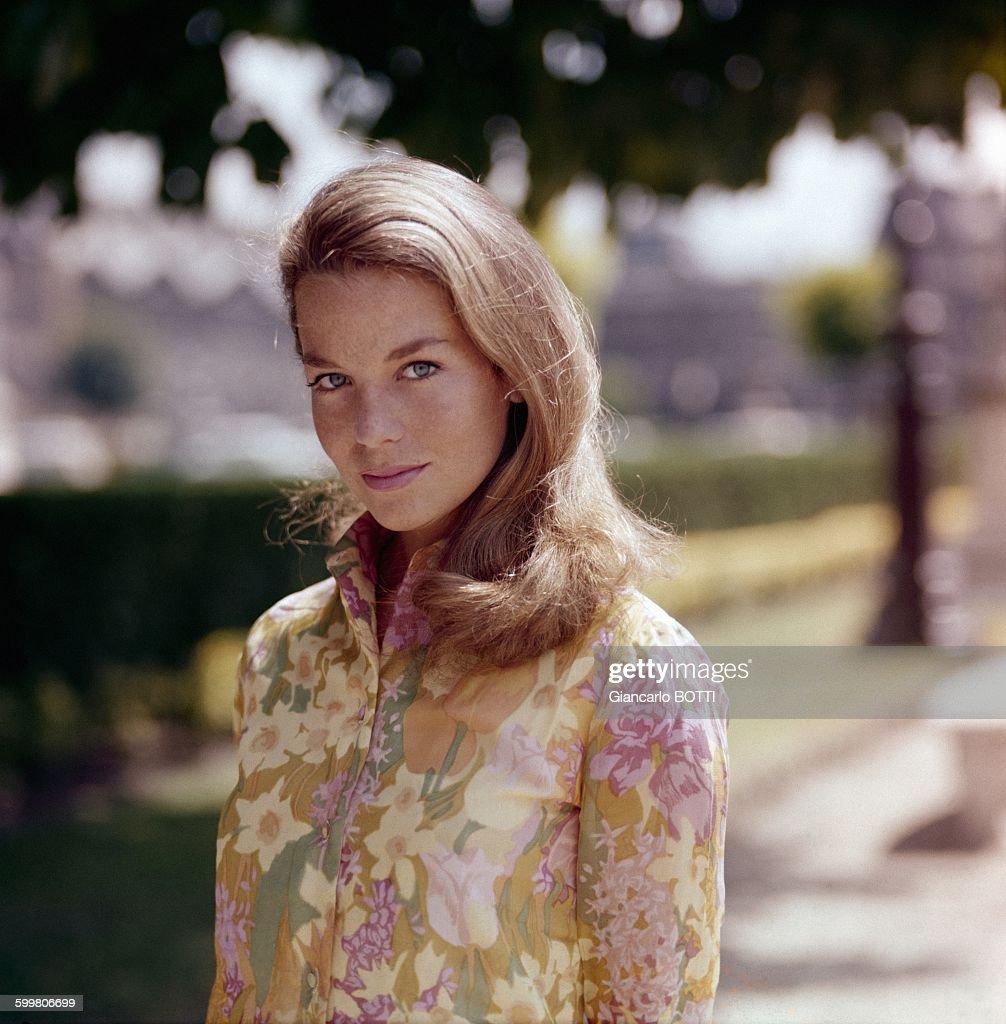 actress-alexandra-stewart-in-paris-franc
