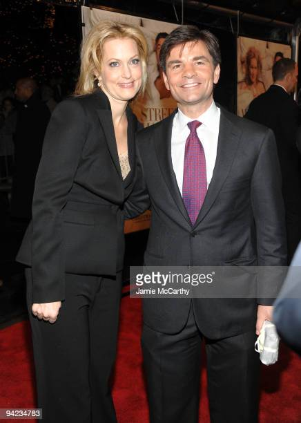 Actress Alexandra Wentworth and TV personality George Stephanopoulos attend the New York premiere of It's Complicated at The Paris Theatre on...