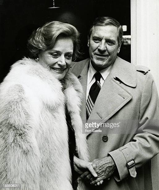 Actress Alexis Smith and actor Craig Stevens attend the grand opening of Curtains Up Restaurant on November 19 1978 in Atlantic City New Jersey