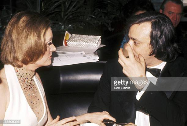 Actress Alexis Smith and guest attend A Party Musical Salute to Steven Sondheim Supper Party on March 11 1973 at Pub Theatrical in New York City