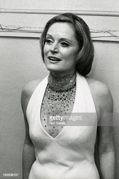 Actress Alexis Smith attends A Party Musical Tribute to Stephen Sondheim on March 11 1973 at Pub Theatrical in New York City