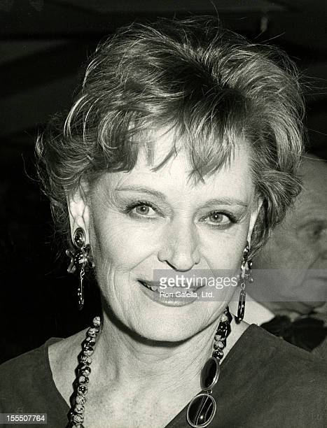 Actress Alexis Smith attends Faces To RememberThen And Now on November 28 1984 at 285 North Restaurant in Hollywood California