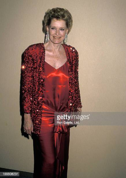 Actress Alexis Smith attends the Hollywood Salutes The Kennedy Center Honorees Gala to Benefit The John F Kennedy Center for the Performing Arts on...