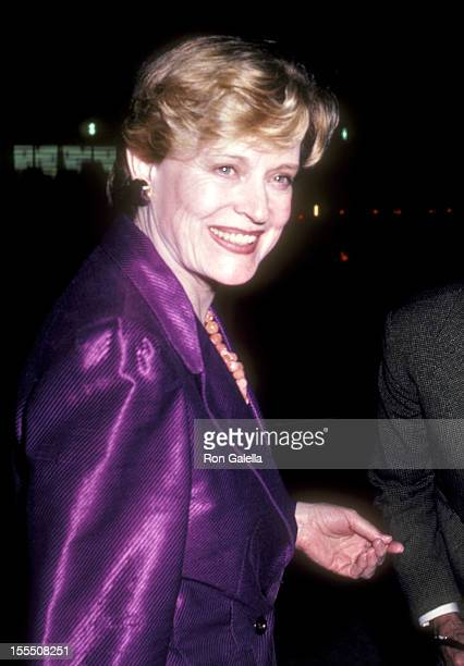 Actress Alexis Smith attends the Turn to the Right Opening Night Party on March 8 1981 at Chasen's Restaurant in Beverly Hills California