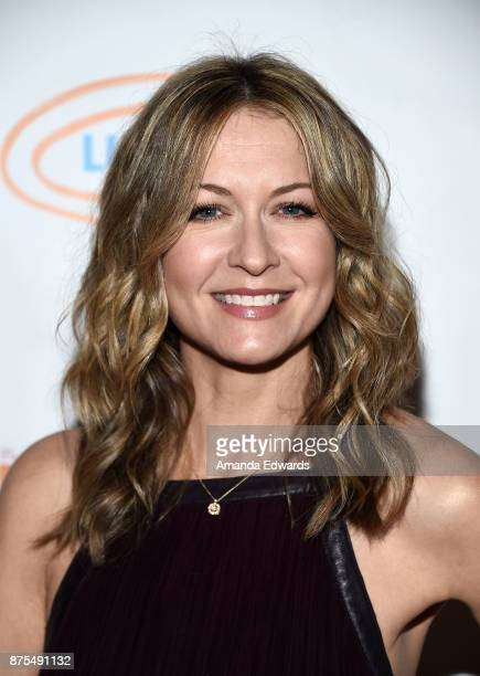 Actress Ali Hillis arrives at the Lupus LA 15th Annual Hollywood Bag Ladies Luncheon at The Beverly Hilton Hotel on November 17 2017 in Beverly Hills...