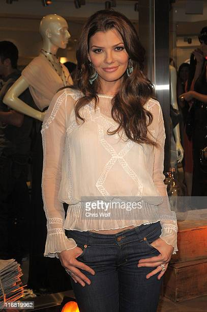 Actress Ali Landry at Beckley Boutique opening on June 12 2008 in West Hollywood California