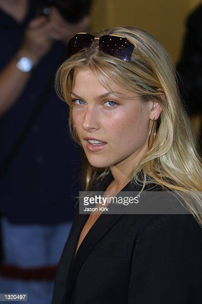 """Actress Ali Larter arrives at the world premiere of the film """"Lara Croft: Tomb Raider"""" June 11, 2001 in Westwood, CA."""