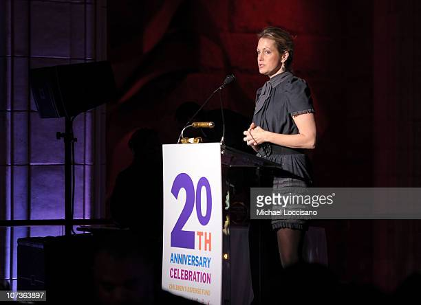 Actress Ali Wentworth speaks at the 20th Anniversary Celebration of the Children's Defense Fund's Beat the Odds Program at Guastavino's on December 6...
