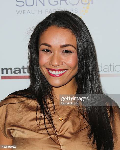 Actress Alia Kruz attends Matt Leinart foundation's 8th annual celebrity bowl for charity event at Lucky Strikes on July 17 2014 in Hollywood...