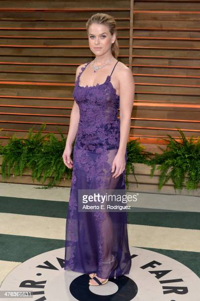Actress Alice Eve attends the 2014 Vanity Fair Oscar Party hosted by Graydon Carter on March 2 2014 in West Hollywood California