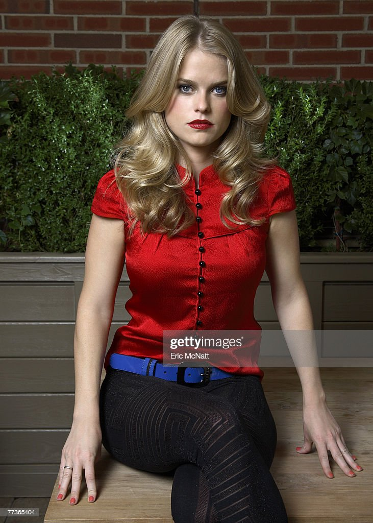 Alice Eve : News Photo