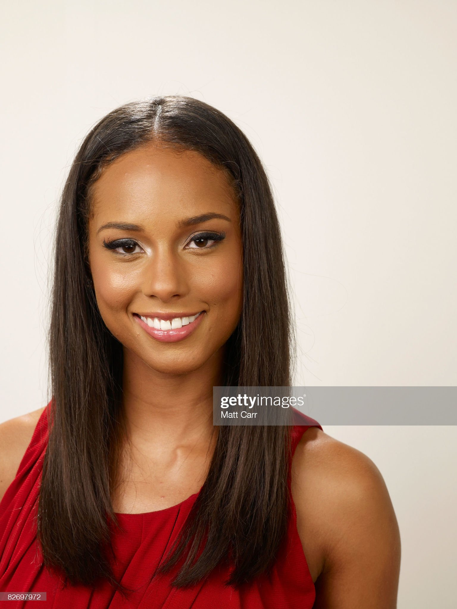 DEBATE sobre guapura de famosos y famosas - Página 3 Actress-alicia-keys-from-the-film-the-secret-life-of-bees-poses-for-a-picture-id82697972?s=2048x2048