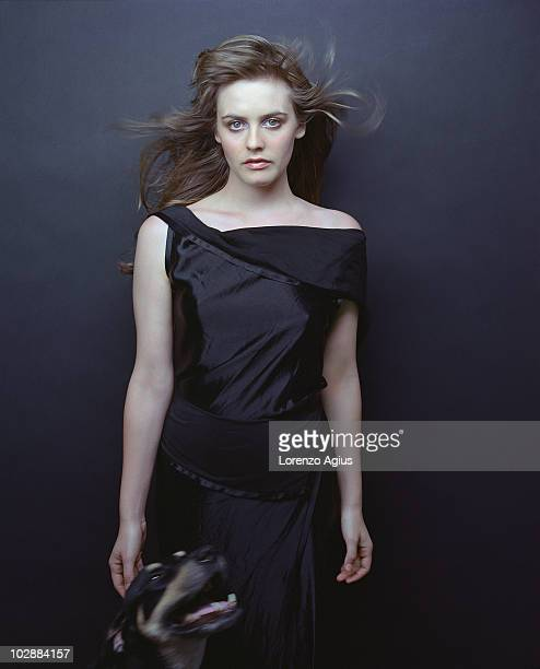 Actress Alicia Silverstone poses for a portrait shoot on June 1 2000 in Los Angeles