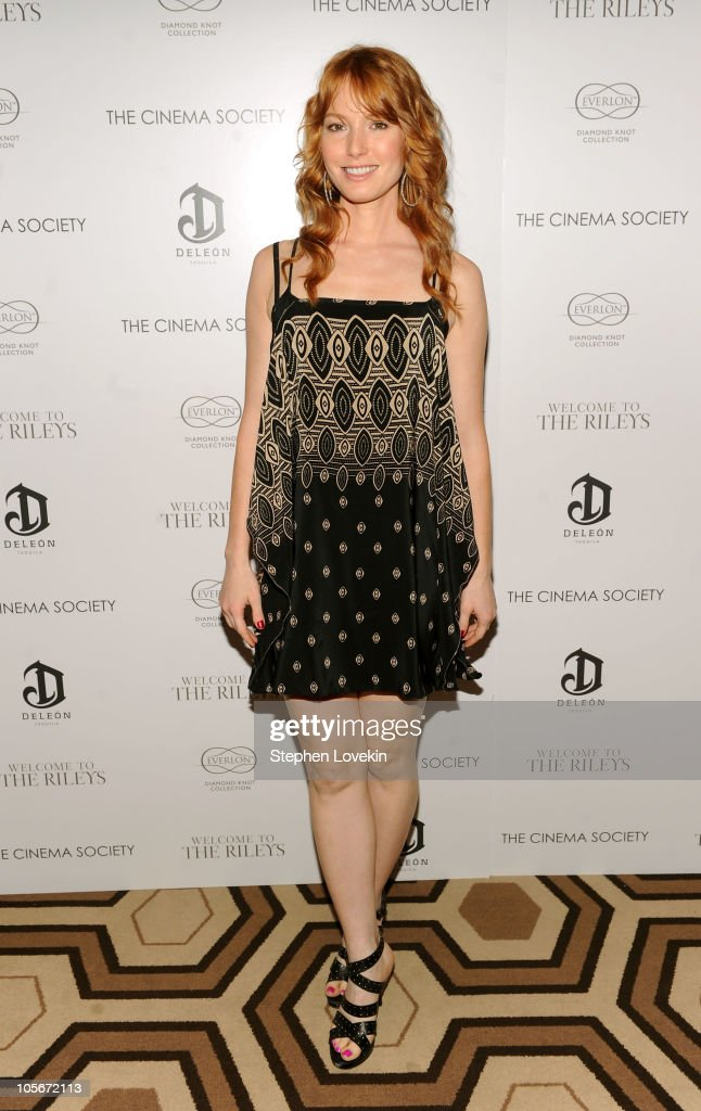 Actress Alicia Witt attends The Cinema Society & Everlon Diamond Knot Collection's screening of 'Welcome To The Rileys' on October 18, 2010 at the Tribeca Grand Hotel in New York City.