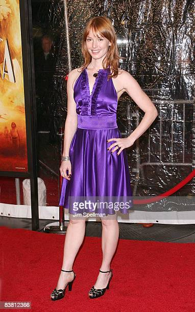 Actress Alicia Witt attends the premiere of 'Australia' at the Ziegfeld Theater on November 24 2008 in New York City
