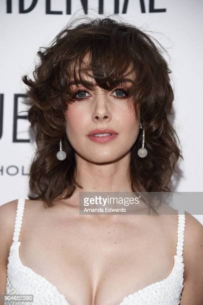 Actress Alison Brie arrives at the Los Angeles Confidential 'Awards Issue' Celebration hosted by cover stars Alison Brie Milo Ventimiglia and Ana De...