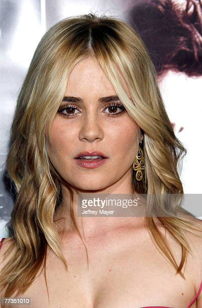 Actress Alison Lohman arrives at the 'Things We Lost In The Fire' Premiere at the Mann's Egyptian Theater on October 15 2007 in Hollywood California