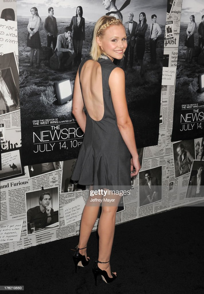 Actress Alison Pill arrives at the Los Angeles Season 2 Premiere Of HBO's Series 'The Newsroom' at Paramount Studios on July 10, 2013 in Hollywood, California.