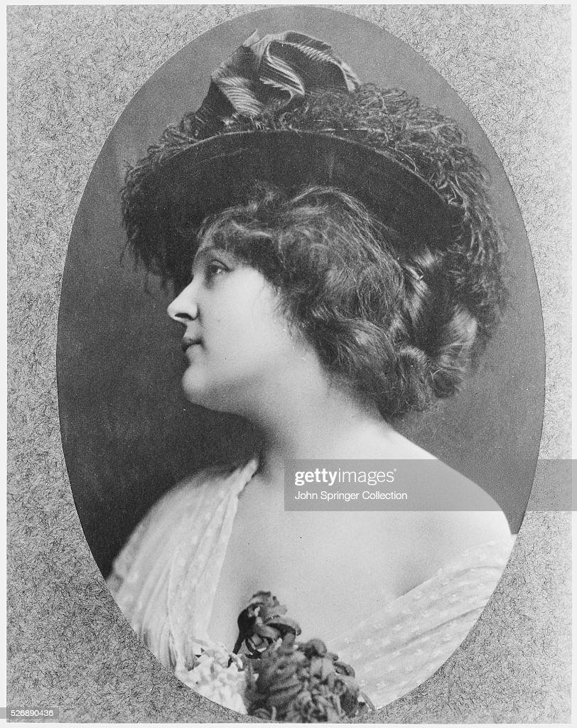 Saba Raleigh,Bryan Coleman (1911?005) Porn photos Hailey Clauson,Violet Wilkey