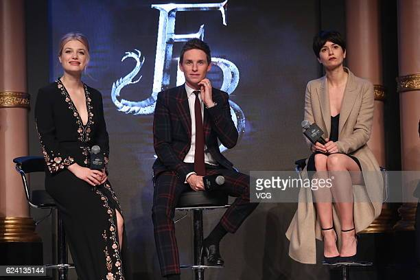 Actress Alison Sudol actor Eddie Redmayne and actress Katherine Waterston attend 'Fantastic Beasts And Where To Find Them' press conference at...