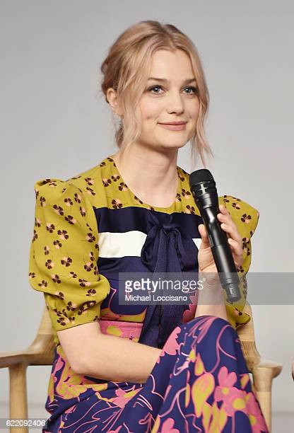 Actress Alison Sudol attends the Apple Store Soho presentation of Meet the Cast 'Fantastic Beasts And Where To Find Them' at Apple Store Soho on...