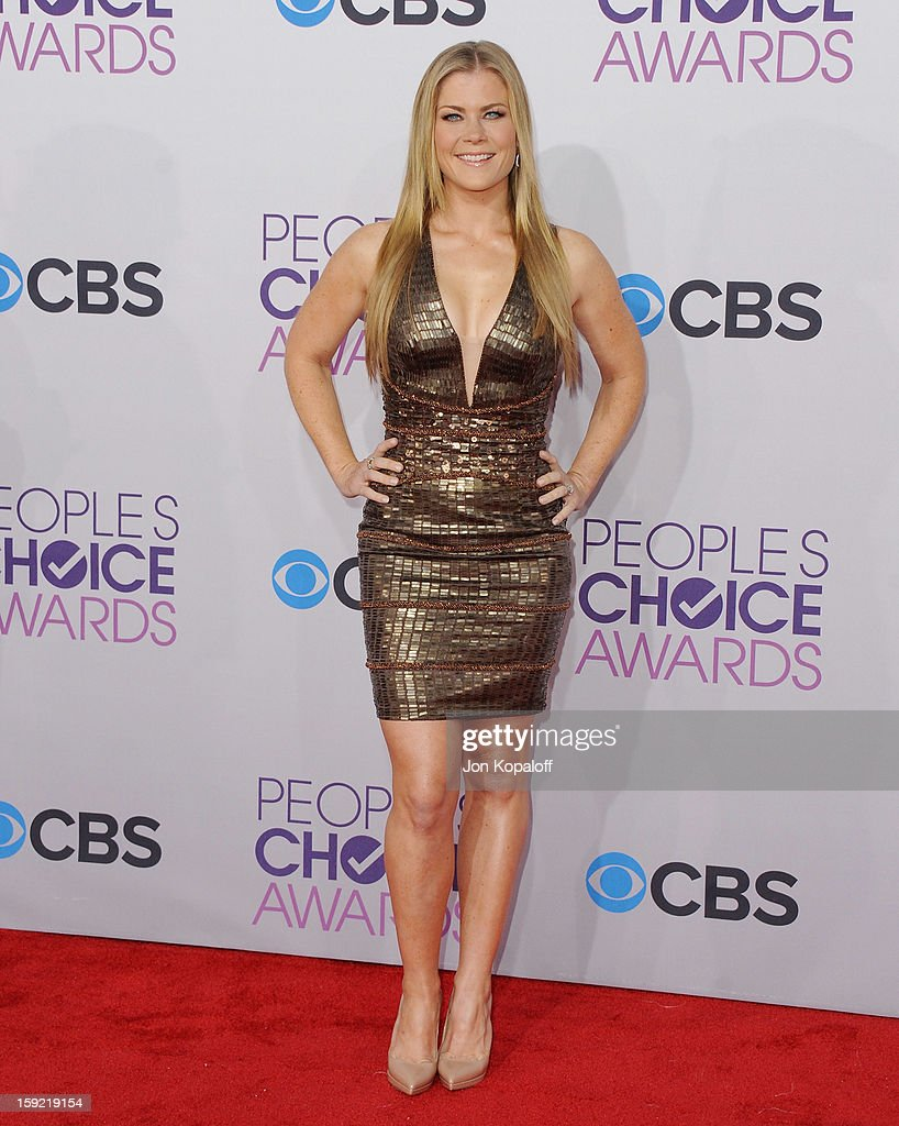 Alison Sweeney Nude actress alison sweeney arrives at the 2013 people's choice