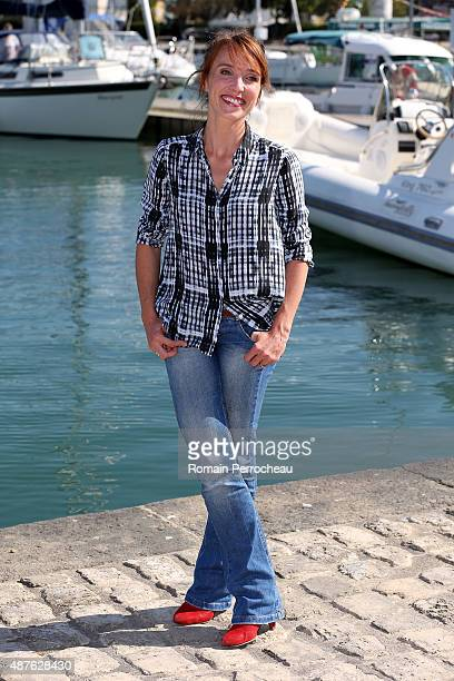 Actress Alix Poisson attends the photocall of Parents Mode d'Emploi as part of the 17th Festival of TV Fiction of La Rochelle on September 10 2015 in...