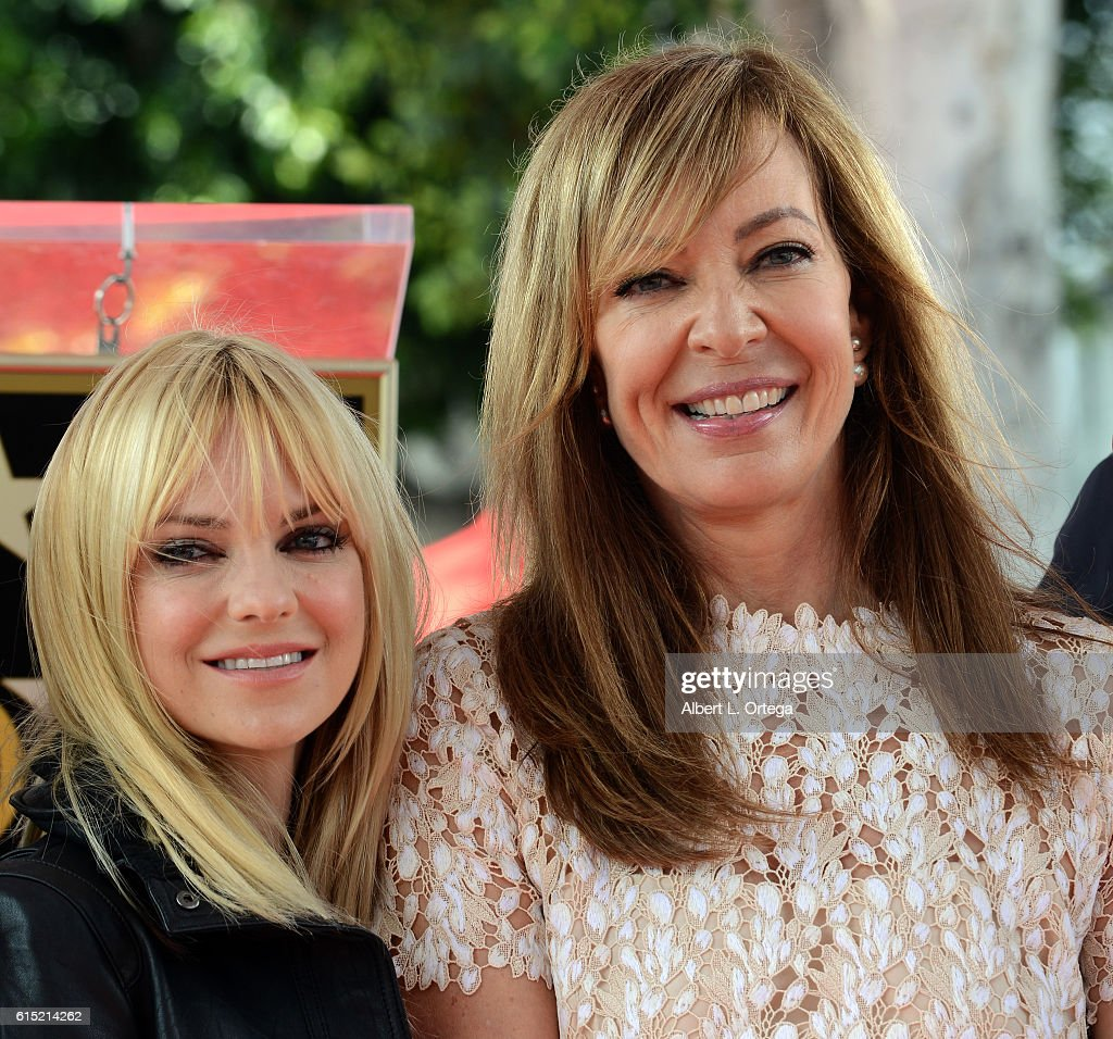 Actress Allison Janney and actress Anna Faris at the Star ceremony held On The Hollywood Walk Of Fame on October 17, 2016 in Hollywood, California.