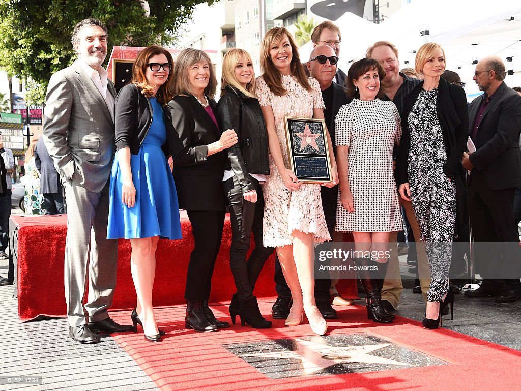 Allison Janney Honored With Star On The Hollywood Walk Of Fame : Nachrichtenfoto