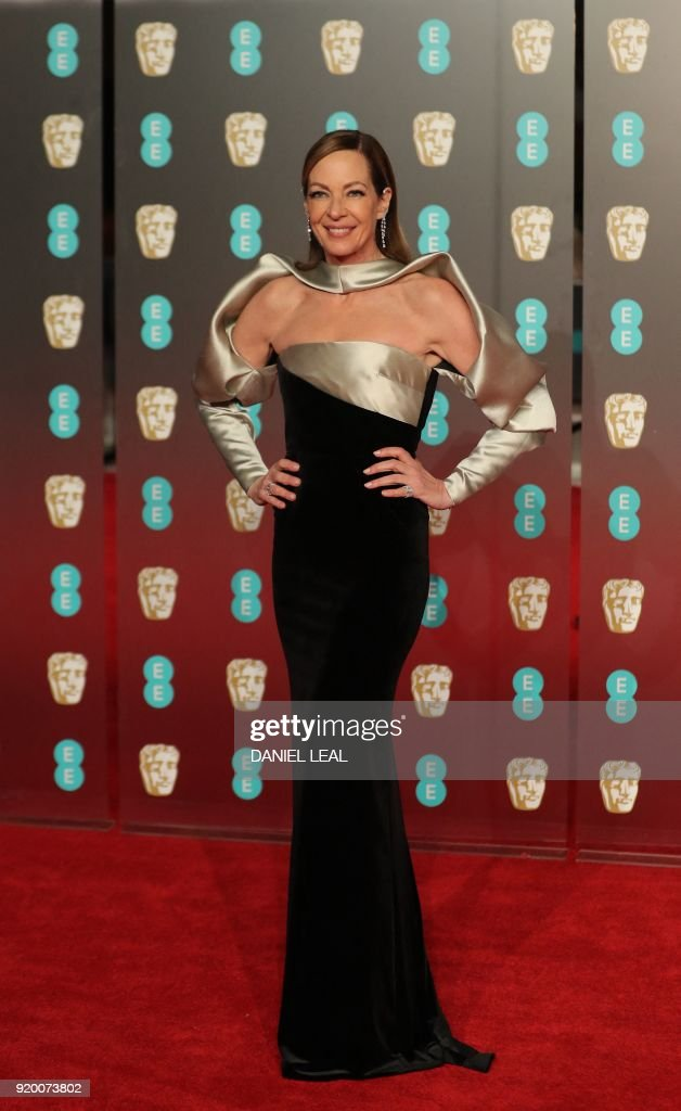 US actress Allison Janney poses on the red carpet upon arrival at the BAFTA British Academy Film Awards at the Royal Albert Hall in London on February 18, 2018. / AFP PHOTO / Daniel LEAL