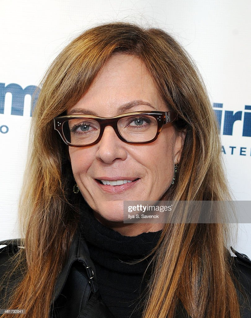 Actress Allison Janney visits the SiriusXM Studios on March 31, 2014 in New York City.