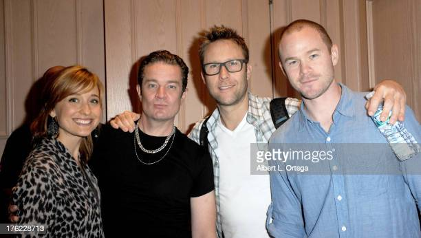Actress Allison Mack actor James Marsters actor Michael Rosenbaum and actor Aaron Ashmore attend Day 3 of Wizard World Chicago Comic Con 2013 held at...