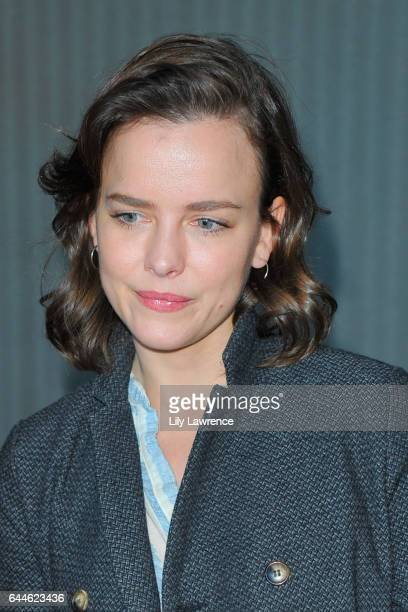 Actress Allison Miller attends Kari Feinstein's PreOscar Style Lounge at the Andaz Hotel on February 23 2017 in Los Angeles California