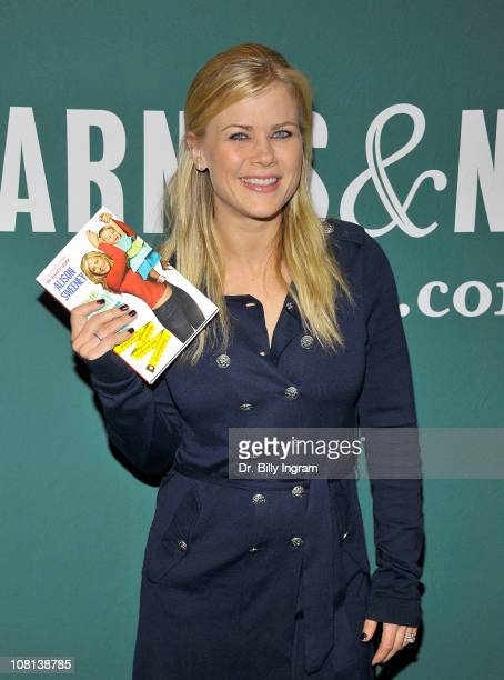 """Actress Allison Sweeney signs copies of her book """"The Mommy Diet"""" at Barnes & Noble bookstore at The Grove on January 18, 2011 in Los Angeles,..."""