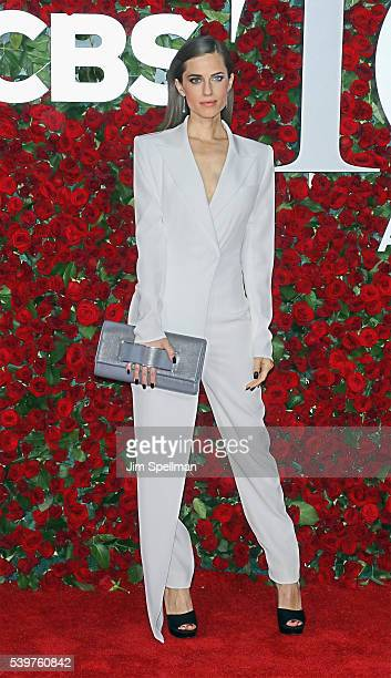 Actress Allison Williams attends the 70th Annual Tony Awards at Beacon Theatre on June 12 2016 in New York City