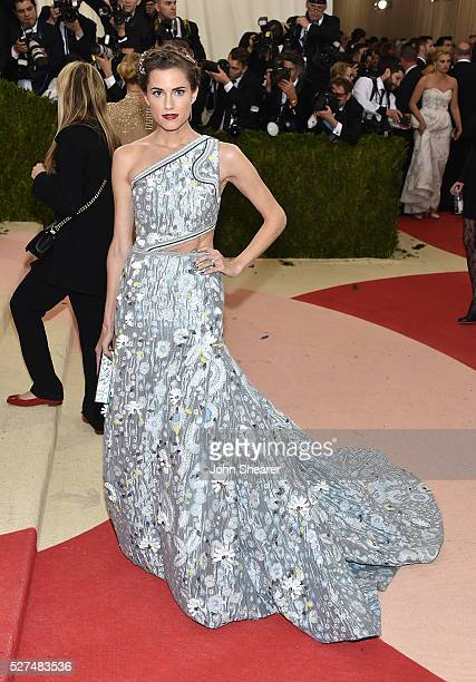 Actress Allison Williams attends the 'Manus x Machina Fashion In An Age Of Technology' Costume Institute Gala at Metropolitan Museum of Art on May 2...