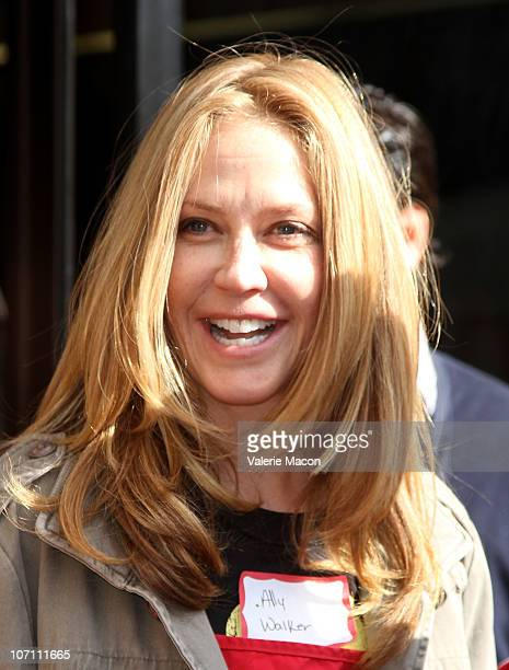 Actress Ally Walker attends The LA Mission Anne Douglas Center's Thanksgiving Meal For The Homelesson November 24 2010 in Los Angeles California