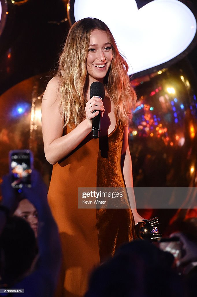 Actress Alycia Debnam Carey accepts the Fan Freakout of the Year award on stage at the MTV Fandom Awards San Diego at PETCO Park on July 21, 2016 in San Diego, California.