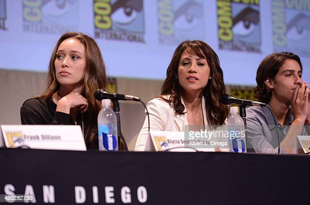Actress Alycia DebnamCarey actress Elizabeth Rodriguez and actor Lorenzo James Henrie speak onstage at AMC's Fear the Walking Dead panel during...