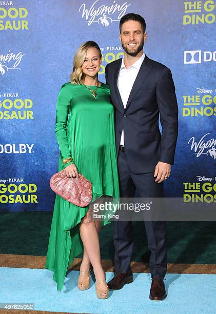 Actress Alyshia Ochse and actor Lee Knaz attend the Premiere of Disney-Pixar's 'The Good Dinosaur' at the El Capitan Theatre on November 17, 2015 in...