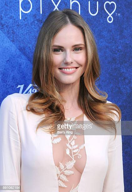 Actress Alyssa Campanella attends Variety's Power of Young Hollywood event presented by Pixhug with platinum sponsor Vince Camuto at NeueHouse...