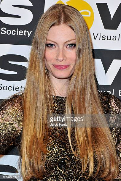 Actress Alyssa Sutherland attends the Visual Effects Society's 12th Annual VES Awards at The Beverly Hilton Hotel on February 12 2014 in Beverly...