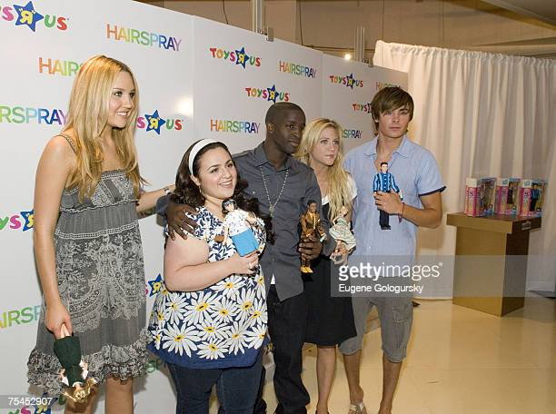 Actress Amanda Bynes Actress Nikki Blonsky Actor Elijah Kelley Actress Brittany Snow Actor Zac Efron attend the Hairspray Cast Members Launch Fashion...